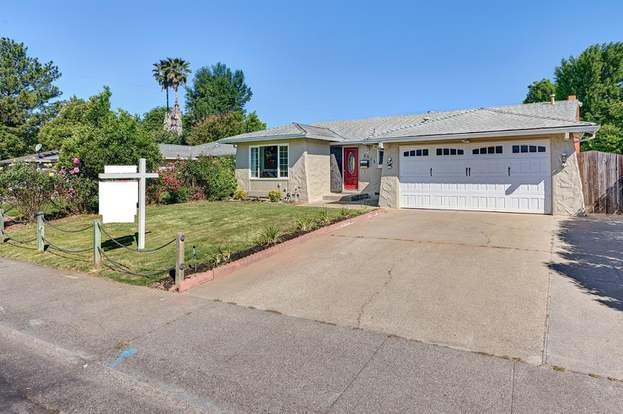 8515 La Riviera Dr, Sacramento, CA 95826