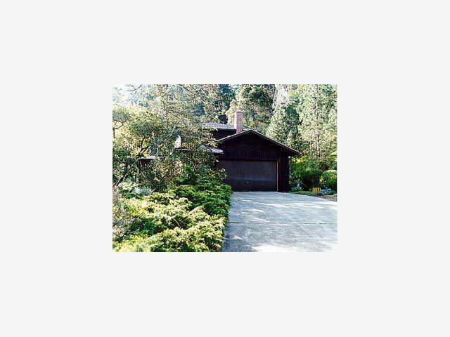 1055 WHISPERING PINES Dr, Scotts Valley, CA 95066 | MLS ...