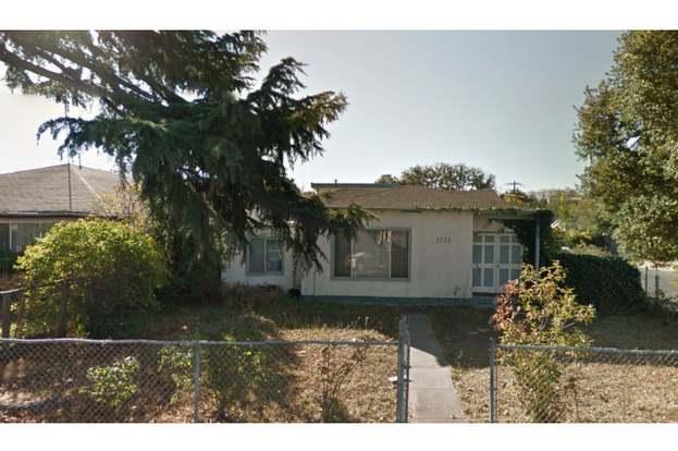 East Palo Alto Ca >> 1132 Alberni St East Palo Alto Ca 94303 3 Beds 2 Baths