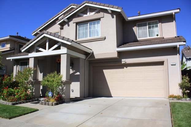 East Palo Alto Ca >> 777 Avelar St East Palo Alto Ca 94303 4 Beds 3 Baths