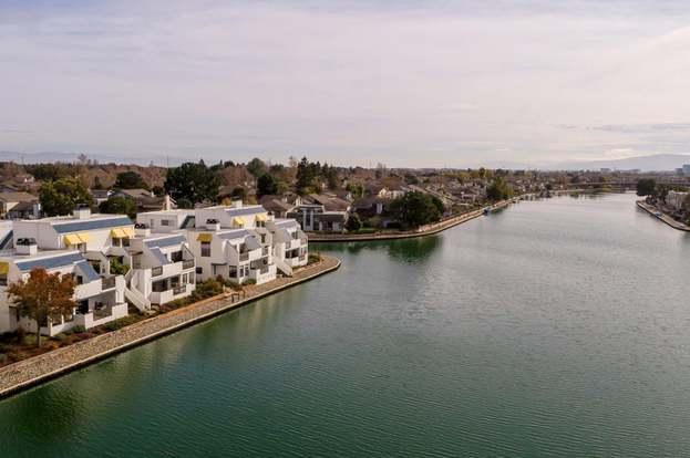 694 Portofino Ln, FOSTER CITY, CA 94404 - 2 beds/2 baths