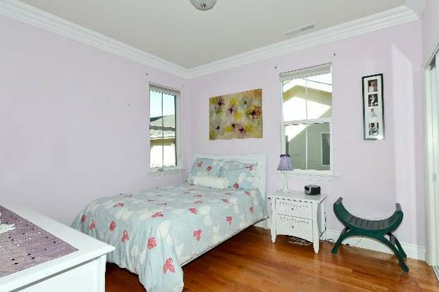 487 BOYNTON Ave #1, San Jose, CA 95117 - 4 beds/2.5 baths