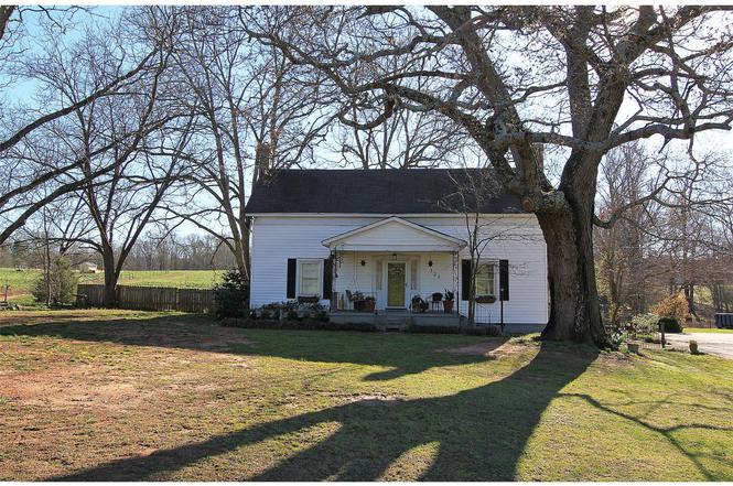 137 Pleasant Hill Church Rd Winder GA 30680