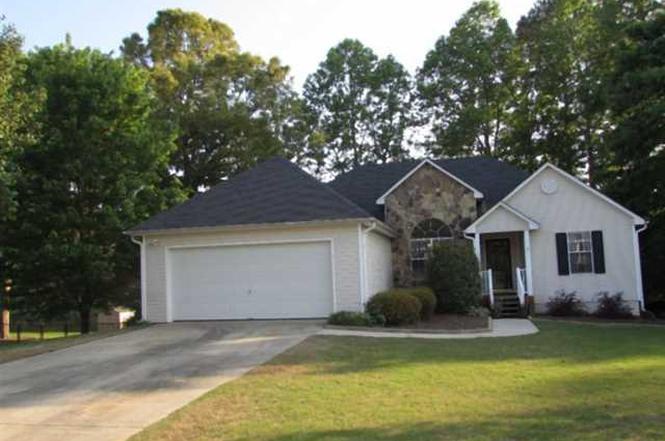 3810 Michaels Creek Way Loganville GA 30052
