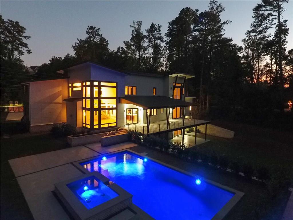 La Petite Maison Atlanta 325 river valley rd, ga, us 30328