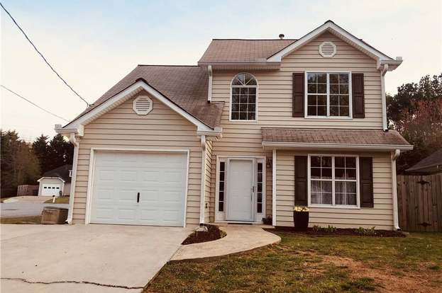 Strange 2375 Clare Ct Sw Marietta Ga 30008 3 Beds 2 5 Baths Home Interior And Landscaping Elinuenasavecom