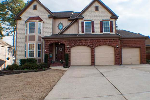 402 Brookfield Cir, Woodstock, GA 30188 - 7 beds/4 baths