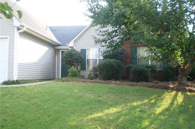3944 Riverstone Dr, Suwanee, GA 30024 - 4 beds/2 baths