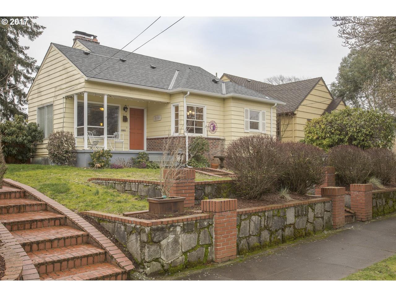 1814 NE Ainsworth St, Portland, OR 97211 | MLS# 17295321 | Redfin