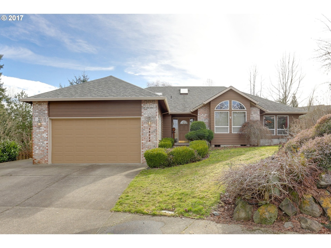 18024 Chickaree Dr, Oregon City, OR 97045   MLS# 17085336   Redfin
