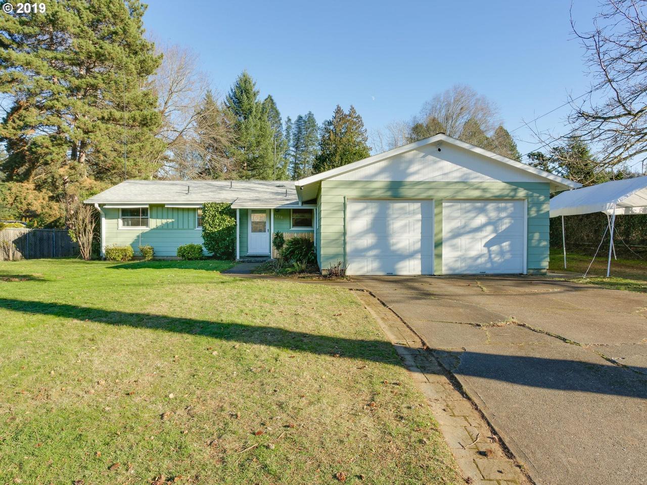 6730 SE 131st Pl, Portland, OR 97236 - 3 beds/1 bath