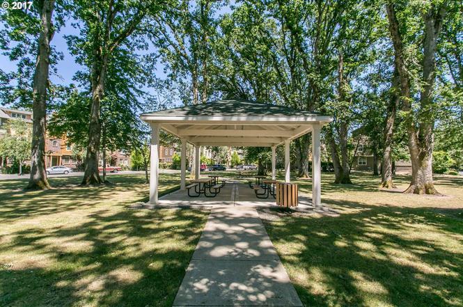 5703 Ne Orenco Gardens Dr Hillsboro Or 97124