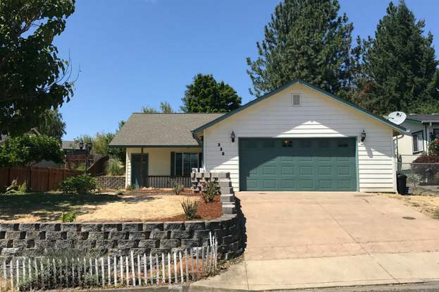330 Dark Horse St, Roseburg, OR 97471 - 2 beds/1 bath