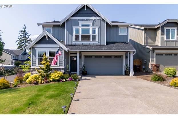 14593 Blue Blossom Way, Oregon City, OR 97045