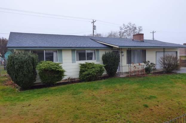 620 E Ct, Goldendale, WA 98620 - 3 beds/1 5 baths