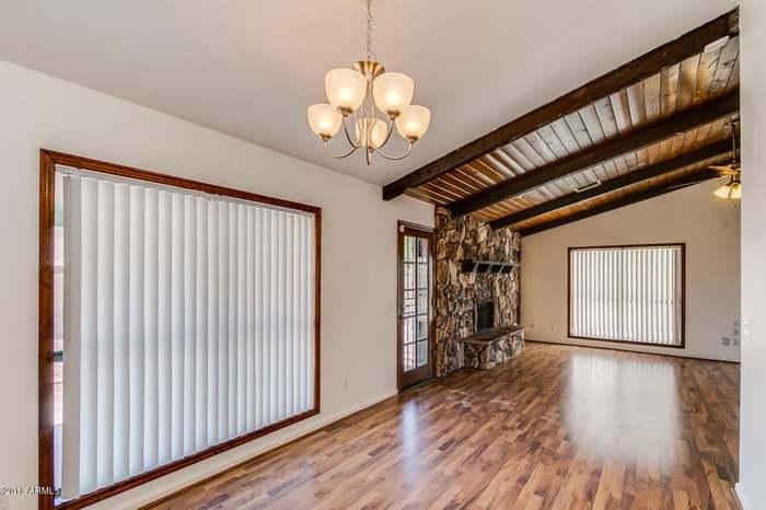 3821 W WALTANN Ln, Phoenix, AZ 85053 - 3 beds/2 baths