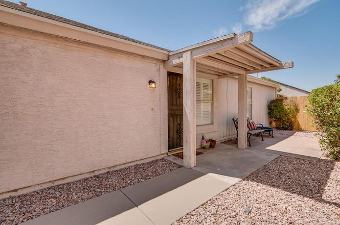 3876 W CHICAGO St, Chandler, AZ 85226 | MLS# 5657157 | Redfin