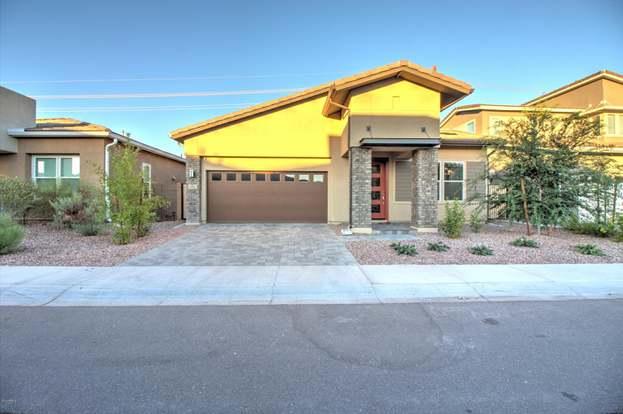 9323 S WALLY Ave, Tempe, AZ 85284 - 3 beds/2 baths