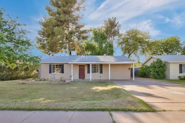 4222 N 41st Pl, Phoenix, AZ 85018 - 3 beds/2 baths