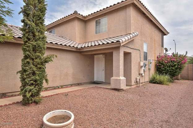 11821 N PABLO St, El Mirage, AZ 85335 - 5 beds/2 baths