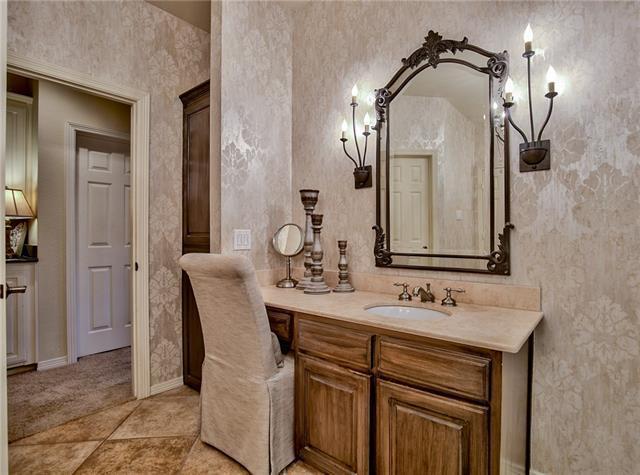 18163 Frankford Lakes Cir, Dallas, TX 75252 - 3 beds/2 5 baths