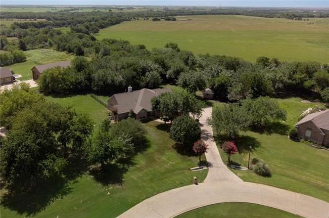 654 Equestrian Dr Rockwall Tx 75032 Mls 14126275 Redfin