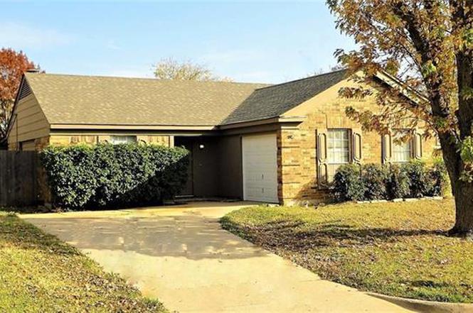 7428 Deer Park Dr Fort Worth TX 76137