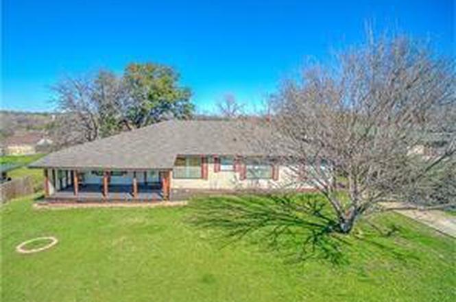 830 W Church St Grand Prairie TX 75050