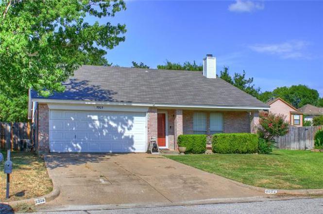 5905 Berwick Ct, Arlington, TX 76017