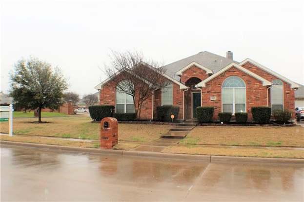 4601 Edenwood Dr, Fort Worth, TX 76123 - 5 beds/4 baths