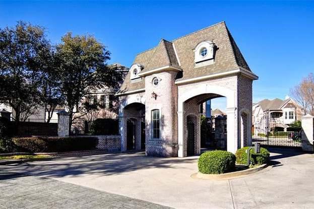 18148 Frankford Lakes Cir, Dallas, TX 75252 - 2 beds/2 baths