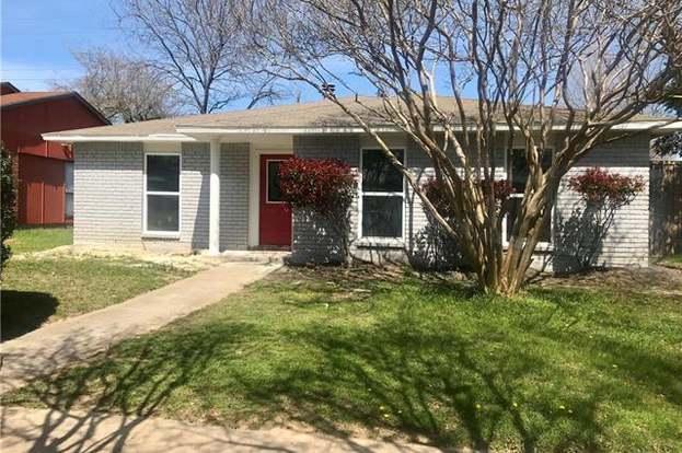 3005 Weather Vane Ln, Dallas, TX 75228 - 3 beds/2 baths