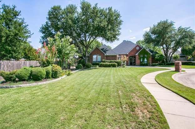1600 Shady Oaks Pl, Corinth, TX 76210 - 4 beds/3 baths