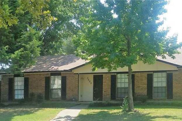 3222 Weather Vane Ln, Dallas, TX 75228 - 3 beds/2 baths