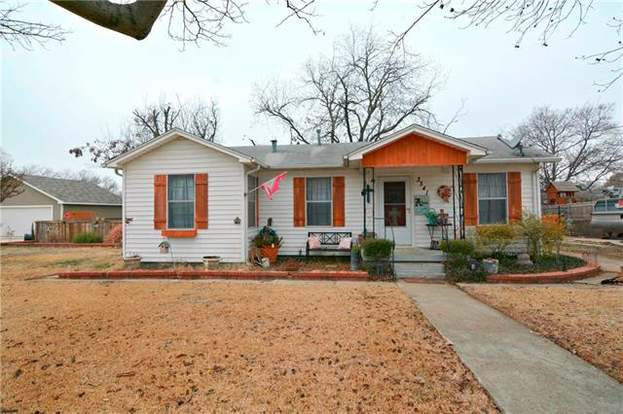3341 Rita Ln, Haltom City, TX 76117