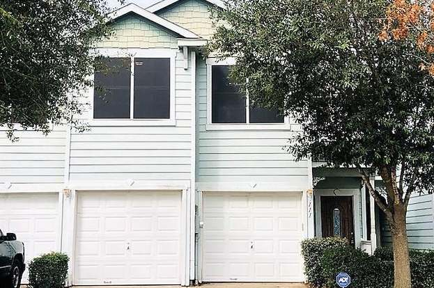 111 Heritage Ct, Seagoville, TX 75159 - 3 beds/2 5 baths