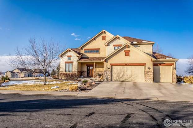 3934 Poudre Dr, Loveland, CO 80538 - 5 beds/5 baths