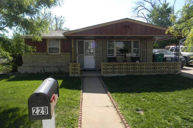 229 16th Ave Greeley Co 80631 Mls 822986 Redfin