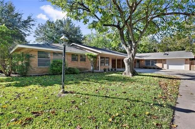 6110 Bullard Dr, Austin, TX 78757 - 4 beds/3 baths