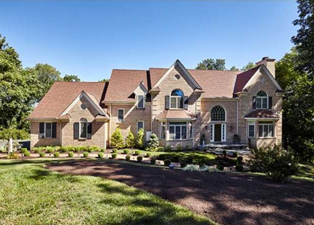 gladwyne chat Regency at yardley - the carriage collection is a new active adult community in yardley pa by toll brothers® choose from 9 flexible home designs with luxurious.