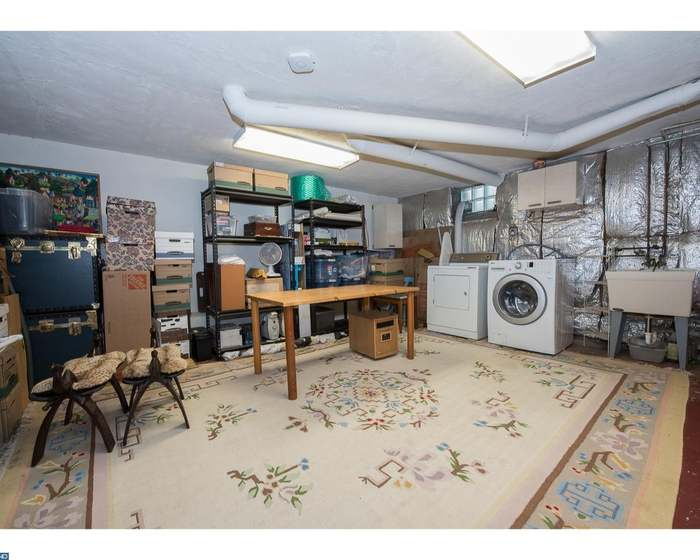 500 E LANCASTER Ave Unit 109B, WAYNE, PA 19087 - 1 bed/1 bath
