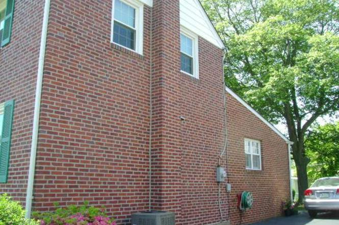 412 COLONIAL PARK Dr, SPRINGFIELD, PA 19064