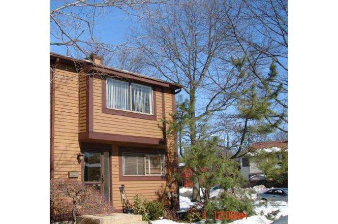 242 BROOKSIDE Ln, HILLSBOROUGH, NJ 08844