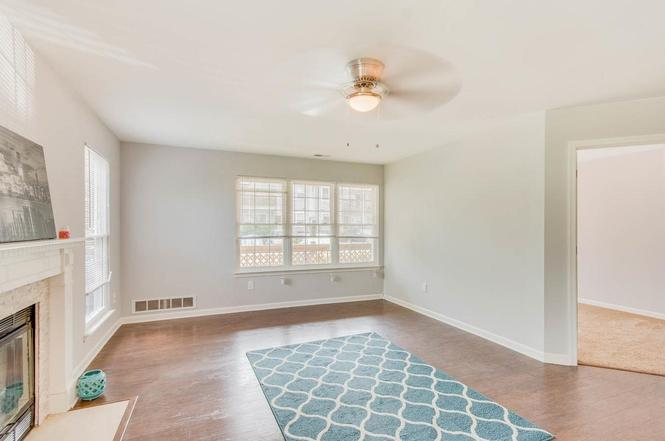 517 SWIFTWATER Ct SEWELL NJ 08080