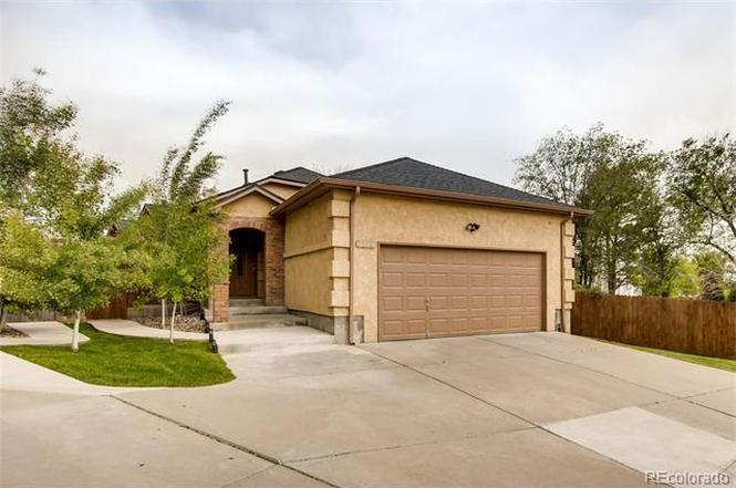 3352 S Irving St, Englewood, CO 80110