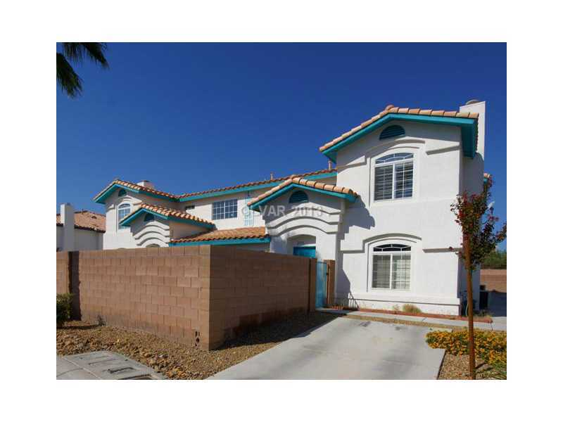 2753 stars end st las vegas nv 89108 mls 1381163 redfin - Houses bedroom first floor fit needs ...