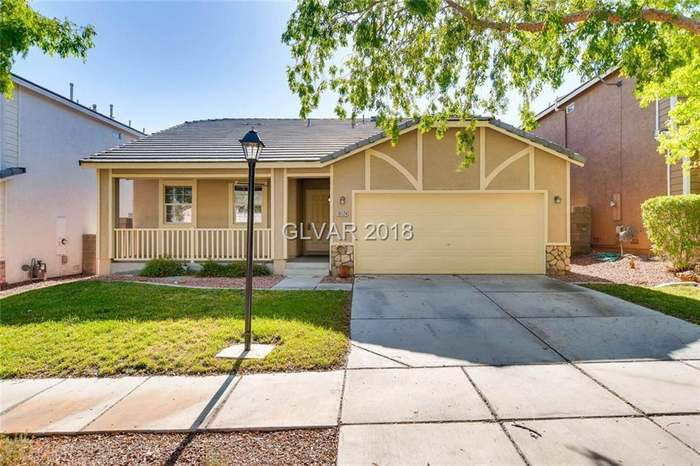 10124 Eden Falls Ln, Las Vegas, NV 89183 - 3 beds/2 baths