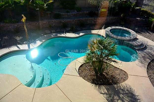 7581 Apache Cliff St, Las Vegas, NV 89113 - 4 beds/3 5 baths