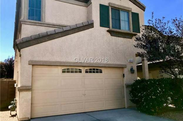 8233 Apple Spice St, Las Vegas, NV 89143 - 3 beds/2 5 baths