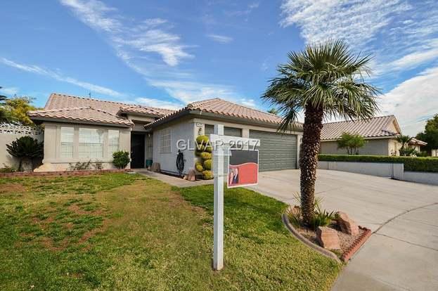 4720 Denali Ave, North Las Vegas, NV 89032 - 3 beds/2 baths